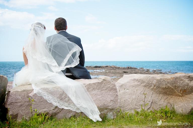 des photos de mariage en bord de mer en bretagne. Black Bedroom Furniture Sets. Home Design Ideas